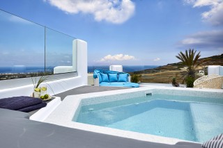 margo-luxurious-houses-in-santorini